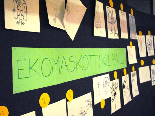Ekomaskotti_ja_lukion_koeviikk