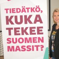 Lukiossa vieraili turkulainen palvelumuotoilija Miia Liesegang